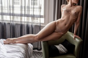 Nataly escort girl